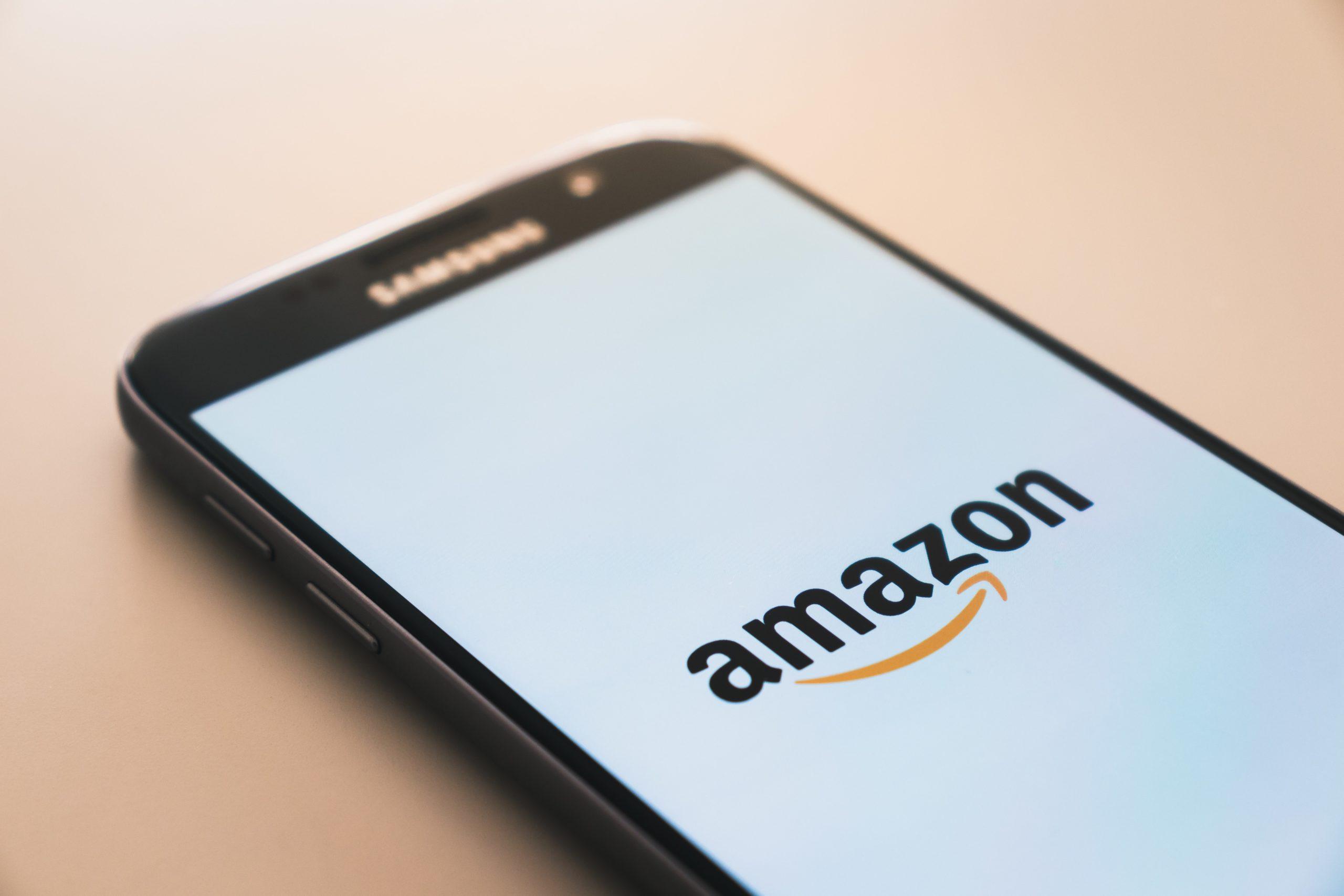 COVID-19 : Le Conseil d'État valide le partenariat Amazon Web Services – Doctolib